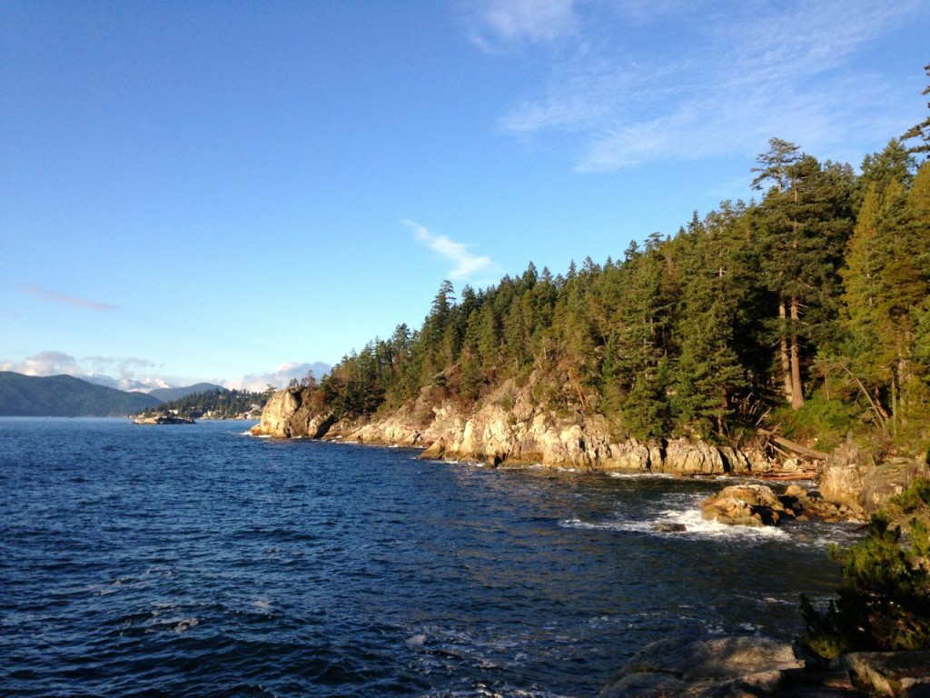 coastal hiking in Vancouver: Shore Pine Point in Lighthouse Park
