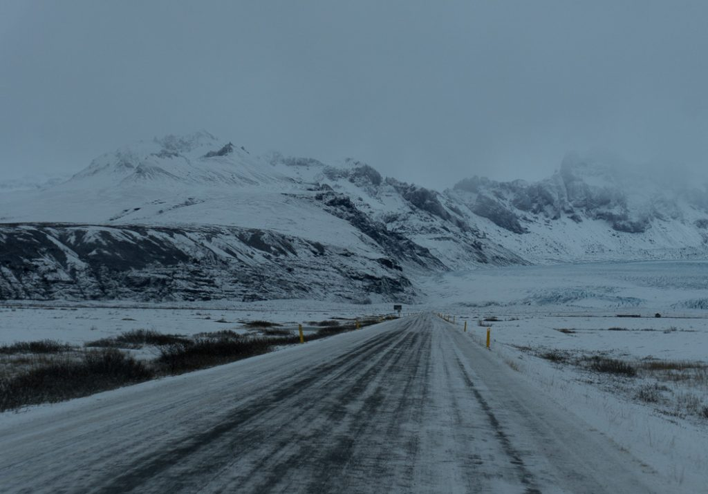 Skaftafell in winter. Iceland roads in winter. A winter week in Iceland. Iceland in January. 35 Photos that will make you want to go to Iceland in winter.