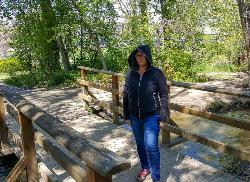 Best Midlayer for Curvy Women: SCOTTeVest Chloe Glow Hoodie. Learn more about how to find women's hiking clothing for your body type.