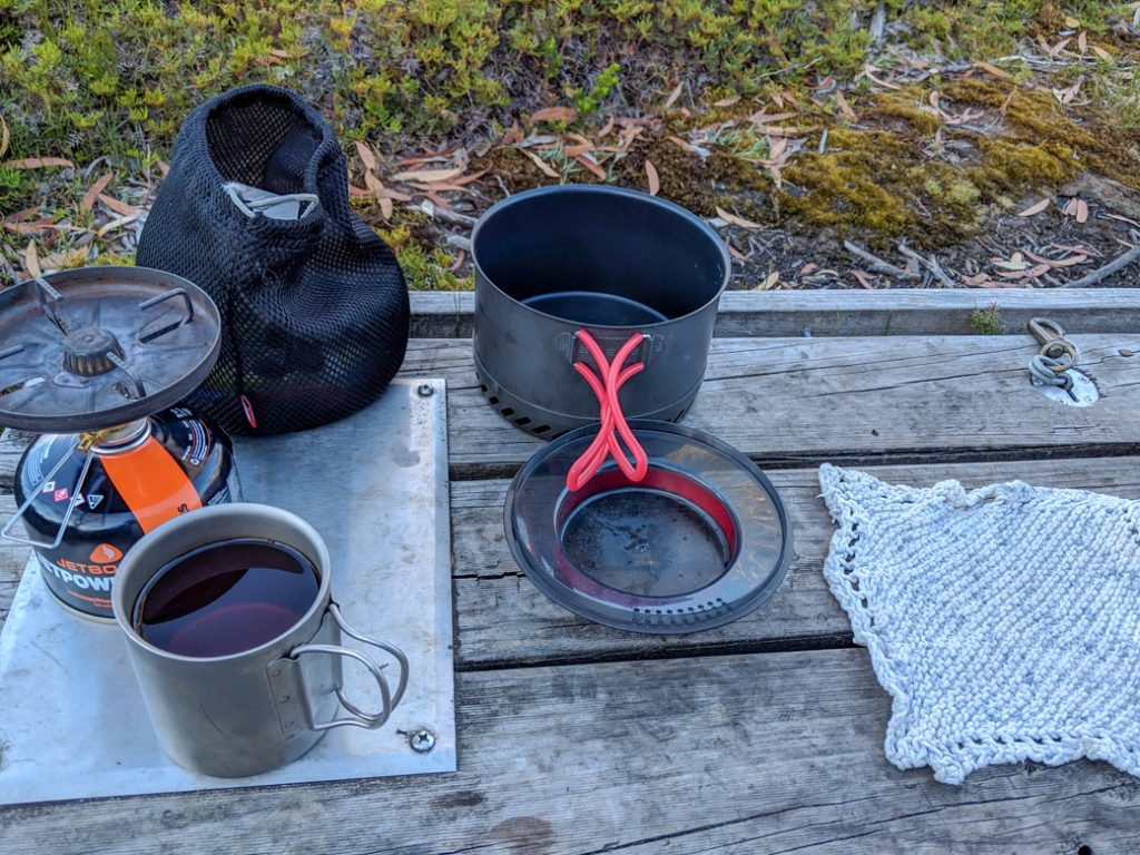 Simple backpacking kitchen gear set-up