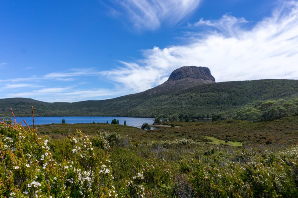 Lake Will and Barn Bluff. Lake will is a great lunch stop along the Overland Track.