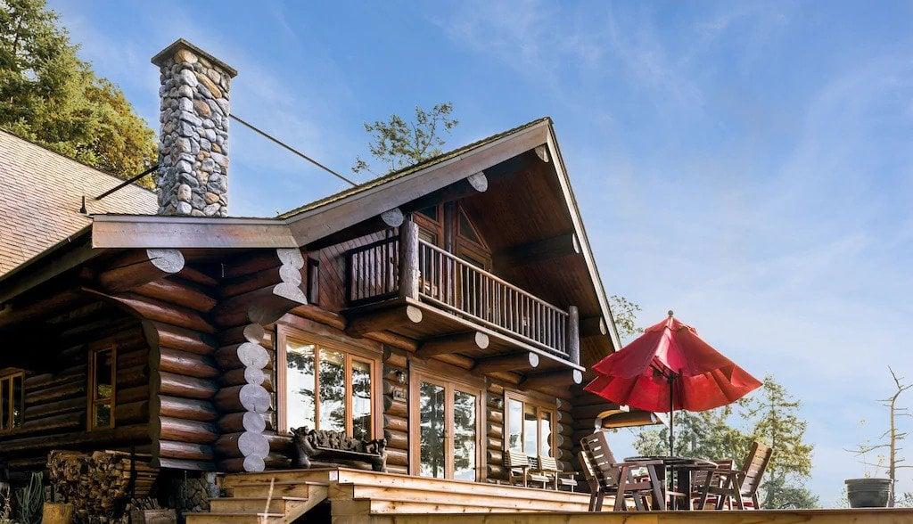 Log cabin with a big deck on Galiano Island